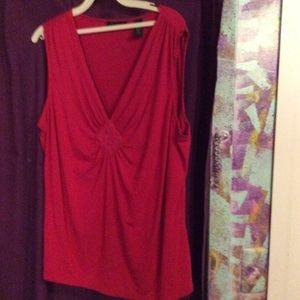 Magenta sleeveless blouse